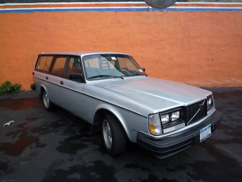 just a car geek 1984 volvo 240 turbo wagon. Black Bedroom Furniture Sets. Home Design Ideas