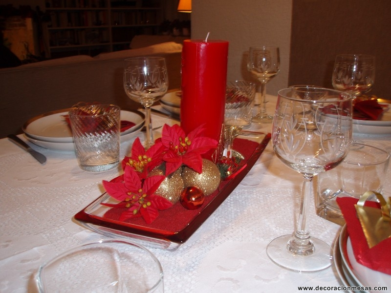 Decoracion de mesas diciembre 2010 for Adornos con plantas de nochebuena