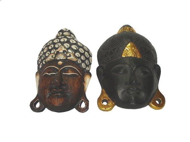 Máscaras de Budas tallados en madera