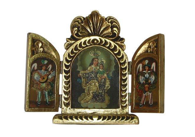 retablo con arcángeles y María