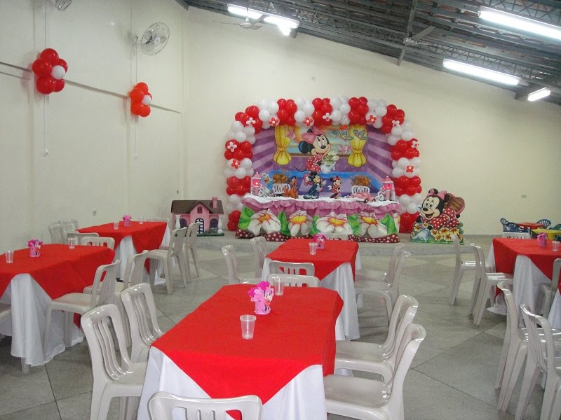 buffet completo para realizar sua festa infantil com varias opçoes de