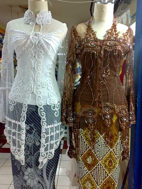 Baju Kebaya is a traditional dress worn by Indonesian and Malaysian
