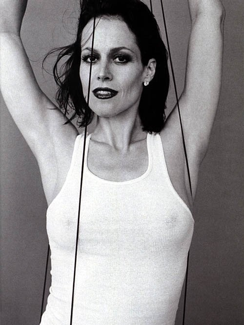 Sigourney Weaver - Wallpaper Hot