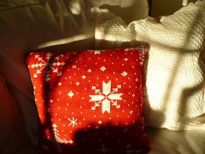 diy sweater pillow