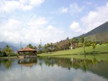 lago de la hacienda hotel el indio