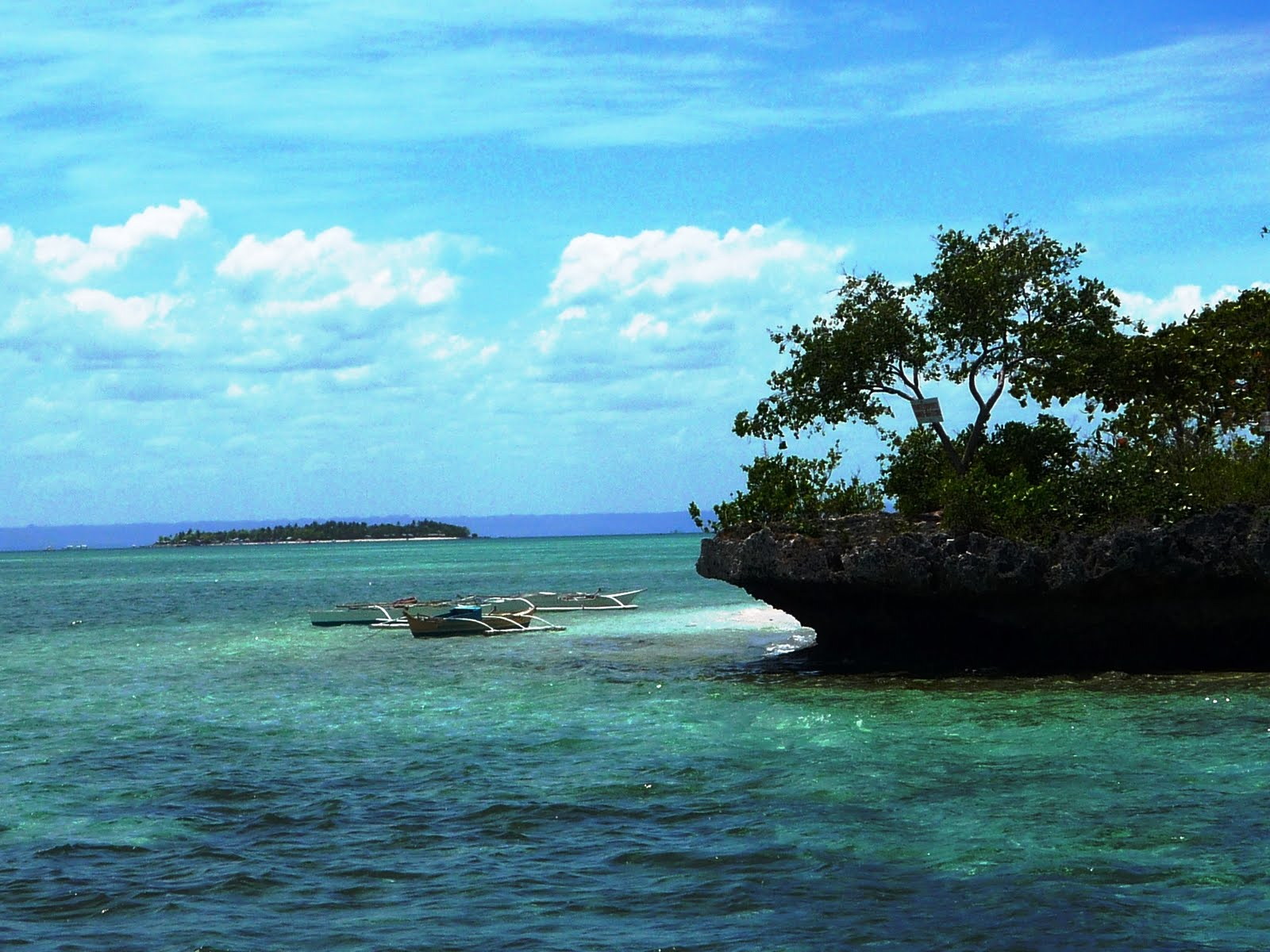 miranda sulpa an island in the sun my world tuesday. Black Bedroom Furniture Sets. Home Design Ideas