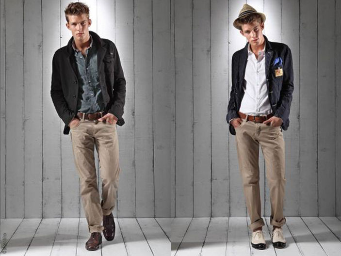 Moschino Homme Pre,Collection Ete 2011