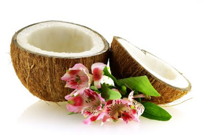 Coconut Oil Benefits: Lauric Acid