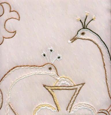Desenhos para bordar toalhas de mesa