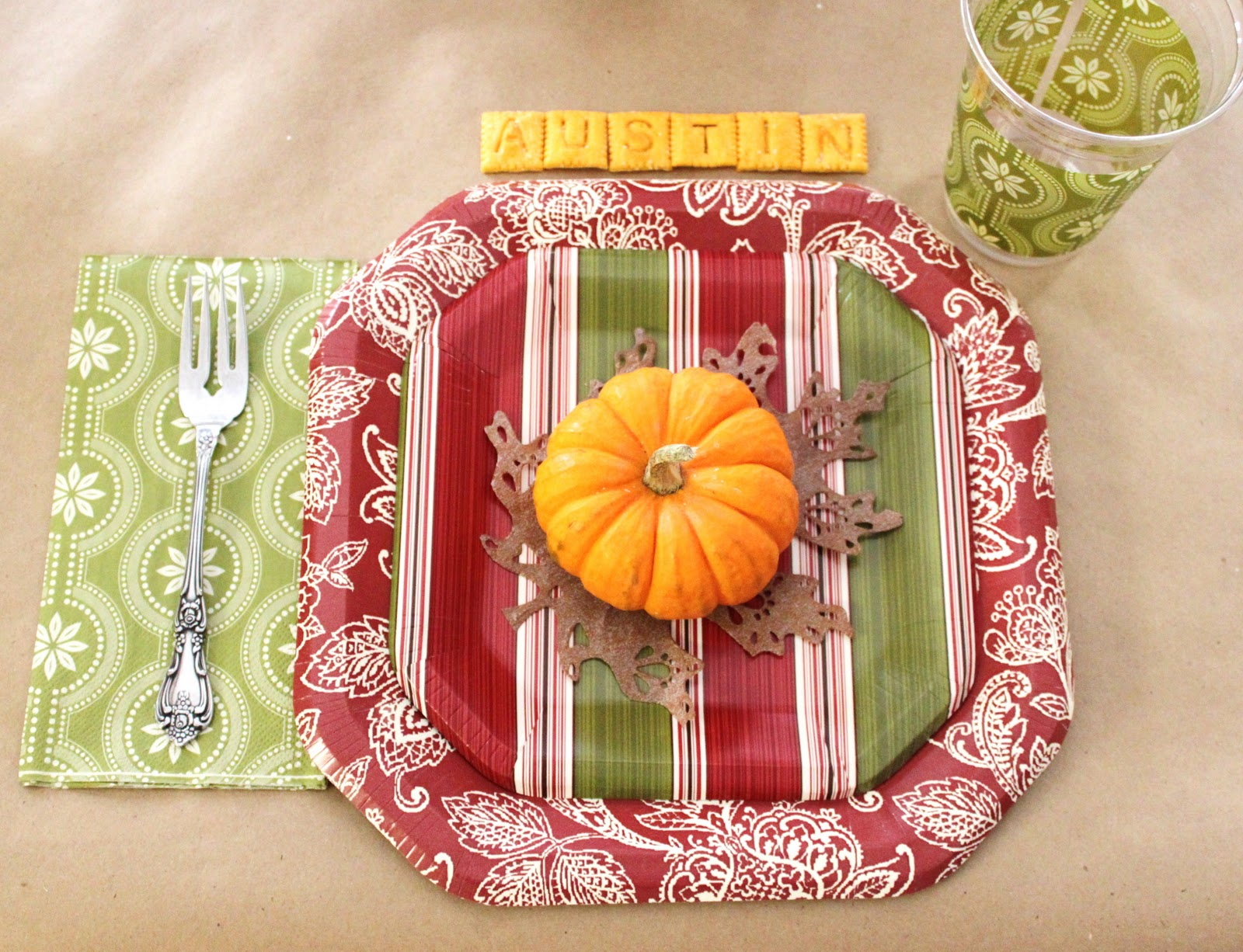 A Collection of Thanksgiving Tables for Kids
