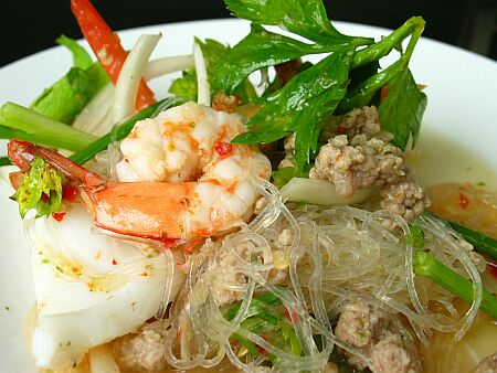 Glass Noodle Salad Recipes (Yum Woon Sen ...