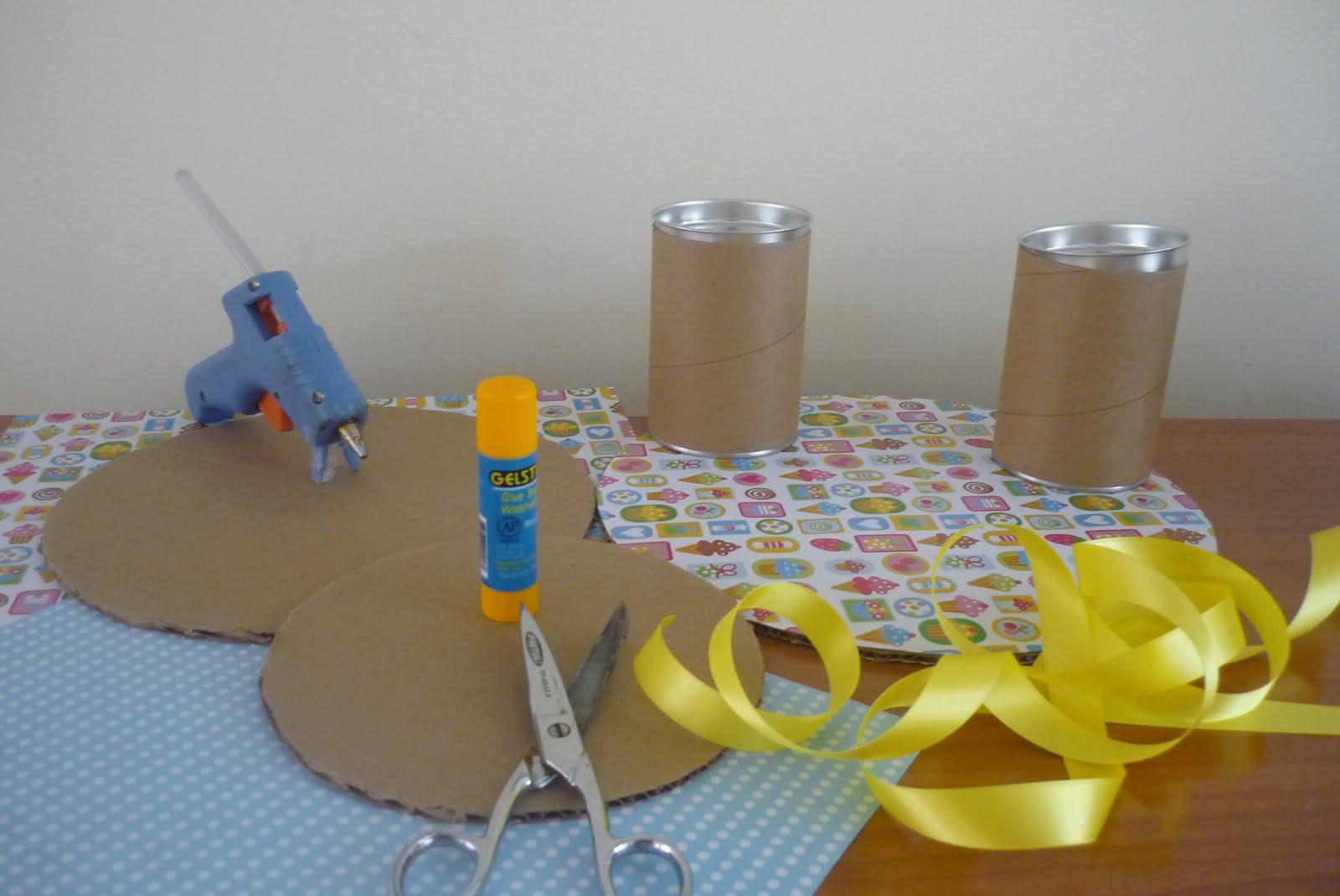 Mariana 39 s bakery como hacer tu propio exhibidor para cupcakes - Como se hace manualidades ...