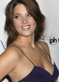 ashley greene naked