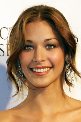 Dayana Mendoza at 2009 Miss