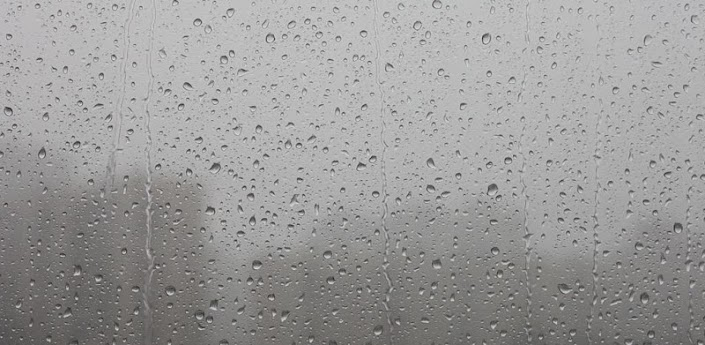 Amazing Raindrops on Screen Live HD Live Wallpaper with some amazing Rain drops falling and racing right on your screen in HD which will make you to get ...