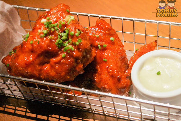classic chicken wings