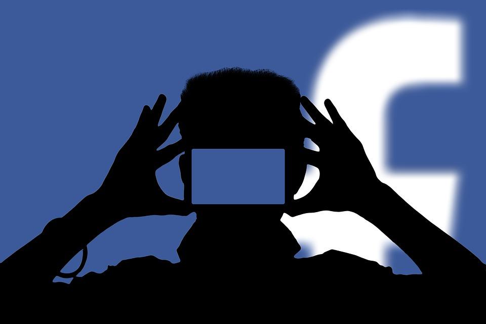 26dddaf49f τα νέα της γαλέρας  Η σπηλιά του facebook-η σύγχρονη παραλλαγή της ...