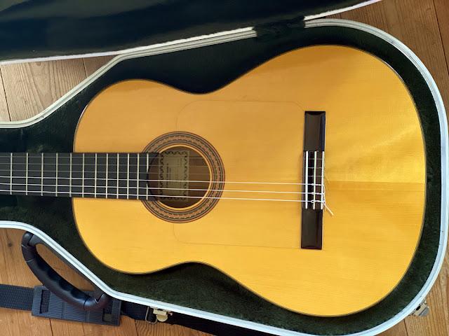 フラメンコギターのゴルぺ板