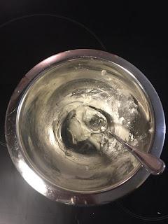 Réalisation du déodorant coco bicarbonate argile blanche et fécule : ajout de la fécule de maïs