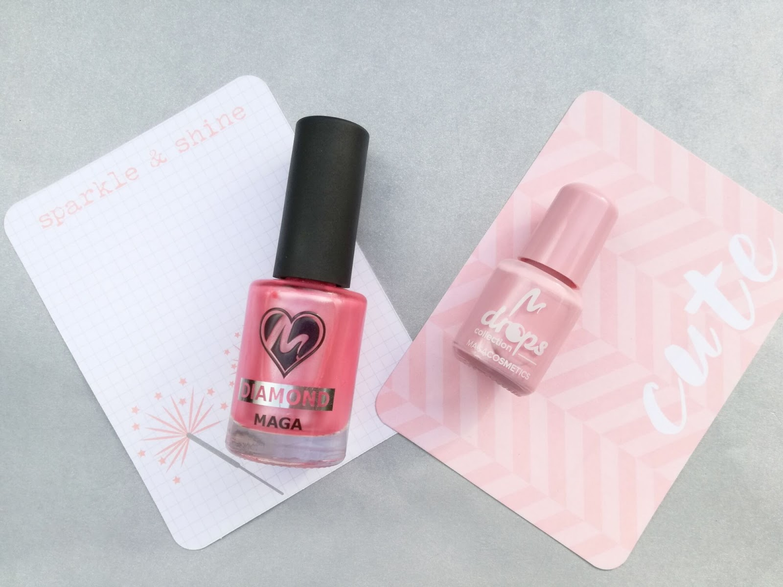 dwa różowe lakiery maga