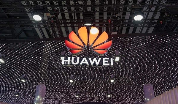 Huawei narrowly misses world No. 1 in 2019