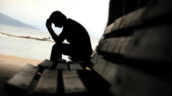 دراسة : مواقع التعارف تسبب الاكتئاب وتلغي الشعور بالأمان!!