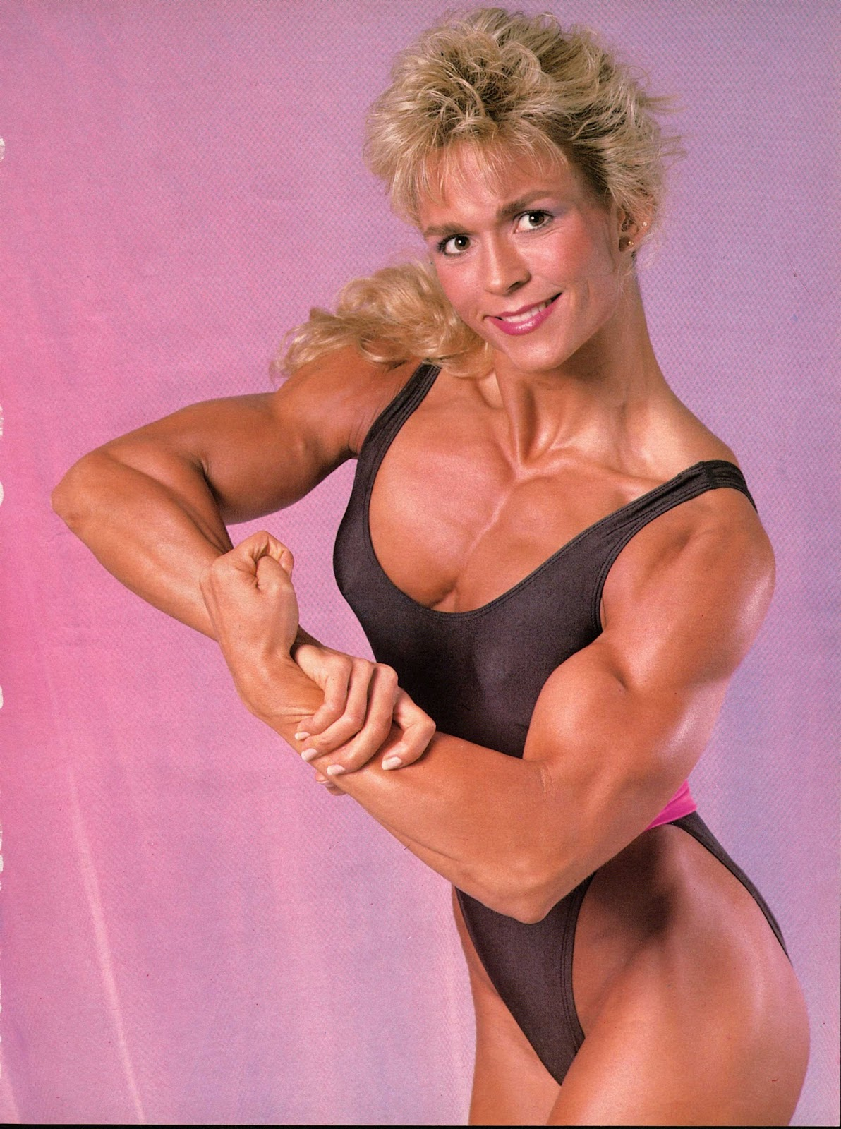 Absolute Hearts: Top 5 Female Body Builders