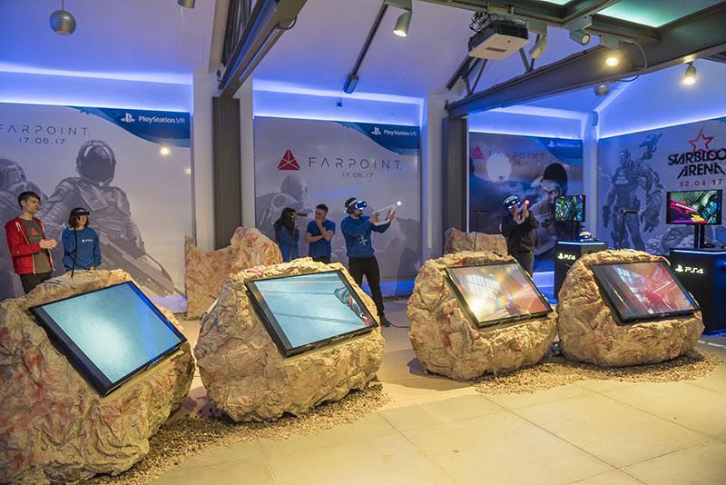 PlayStation va más allá en la realidad virtual con Farpoint y Starblood Arena, ¡los presentan en Madrid!
