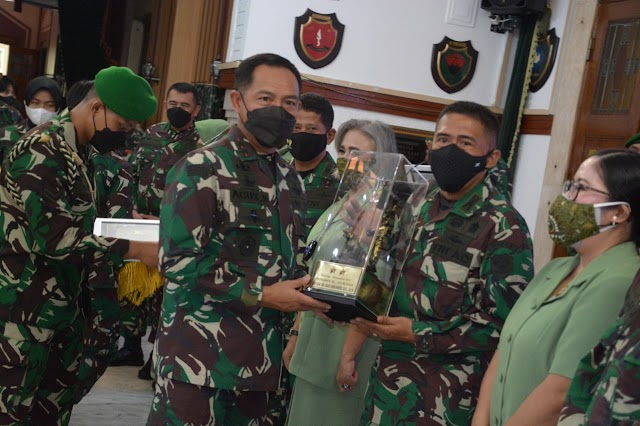 Mayjen TNI Agus Subiyanto Pimpin Sertijab Para Pejabat Kodam III Siliwangi