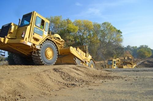 macchine-movimento terra-cantiere-edilizia