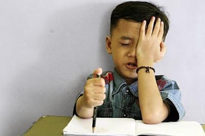 Penyebab dan Cara Mengatasi Anak Malas Belajar