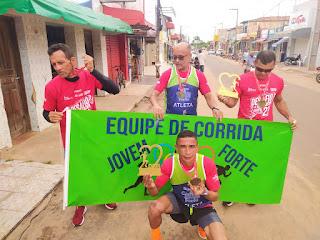"""""""Lourinho"""" vence e grupo de Bom Jardim se destaca em Meia Maratona disputada em Santa Inês"""
