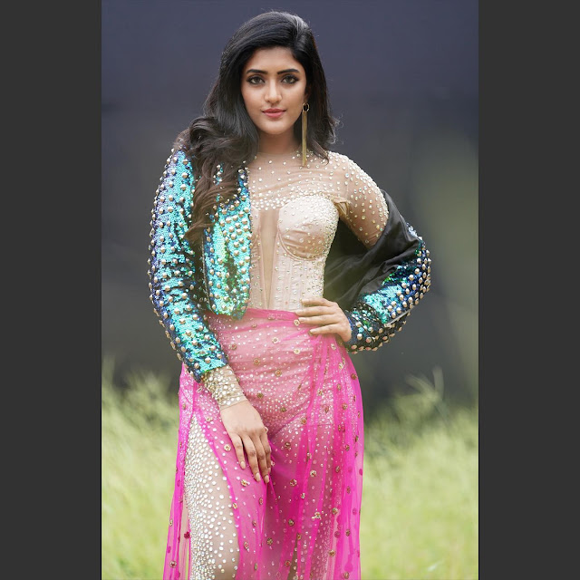 Eesha Rebba Stunning Photos in New Outfit Actress Trend