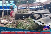 Pedagang Pasar Korban Puting Beliung di Jember Ini Benahi Lapaknya Secara Mandiri