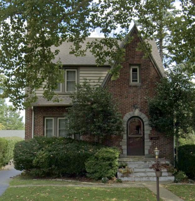 2151 Pleasant Avenue, Glenside, PA front view • Sears Belmont (brick version of the Sears Lynnhaven),