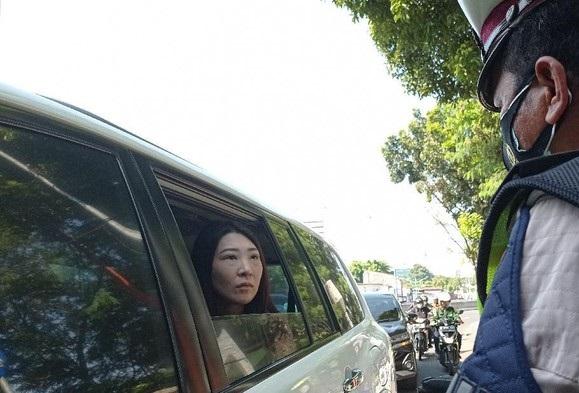 Geram Mobilnya Dihentikan Polisi Kena Aturan Gage, Wakil Rakyat PSI: Ini Saya yang Buat Aturannya, Saya Mau Protes!