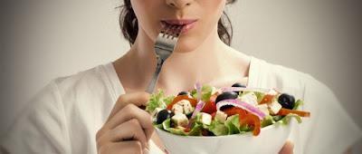 أهم النصائح و الأطعمة الهامة للأم المرضعة