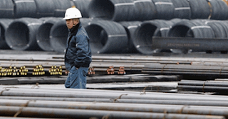 Derasnya Impor Baja Asal China Bikin Krakatau Steel Lunglai