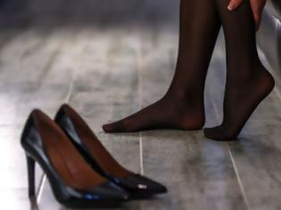 Οι γυναίκες απατούν με μικρότερους -Η ιδανική ηλικία εραστή