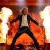 [ BRUCE DICKINSON ] - O que o vocalista pensa sobre um possível filme contando a história do Iron Maiden