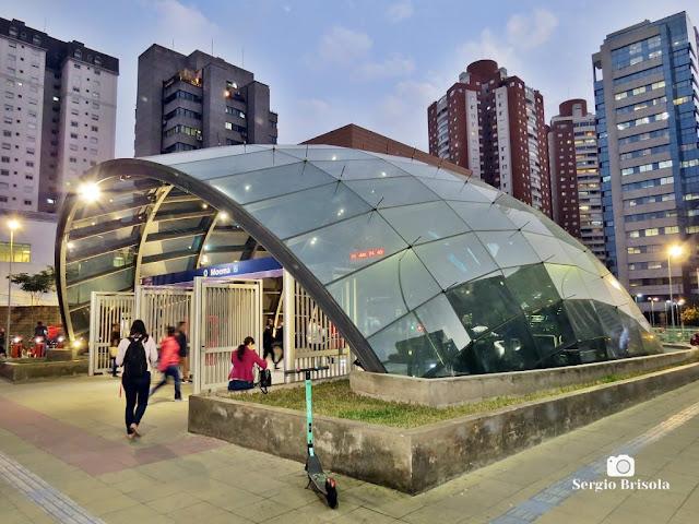 Vista da entrada da Estação Moema Metrô SP - Moema - São Paulo