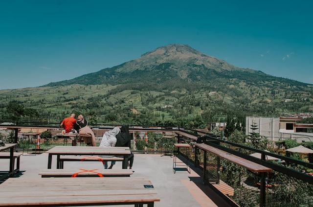 Kledung Park Sindoro Coffee House Temanggung