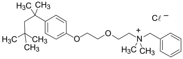 A fórmula corresponde à estrutura do antisséptico cloreto de benzetônio