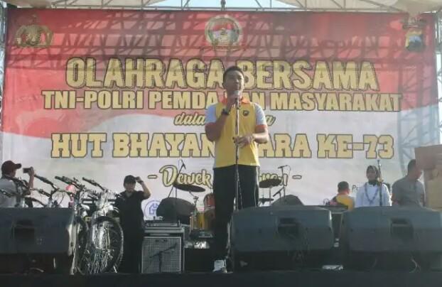 "Semarak ""Dewek Seduluran"", TNI, Polri, Pemda dan Masyarakat Banyumas, Sambut Hari Bhayangkara Ke-73 Olahraga Bersama"