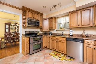 Lò nướng gắn vào ngăn tủ bếp