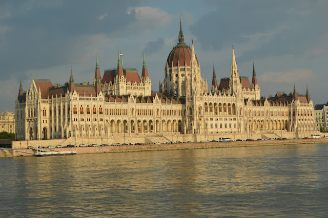Hungarian Parliament Building river