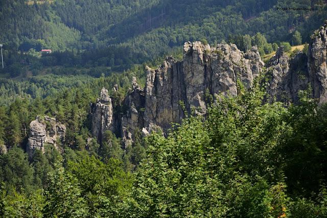 Vrch Sokol-punkt widokowy na Suche Skały