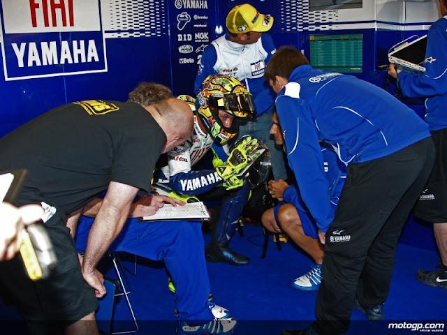 Saat Kalah, Rossi ingin Menangis!