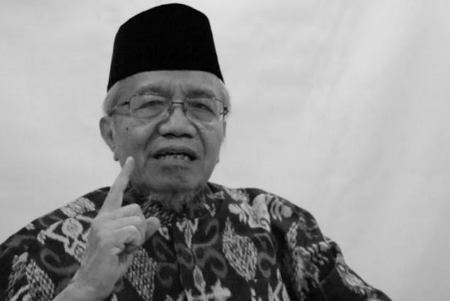 """Tentang Kondisi Saat Ini Taufik Ismail Angkat Bicara : """" Malu Aku Jadi Orang Indonesia """""""