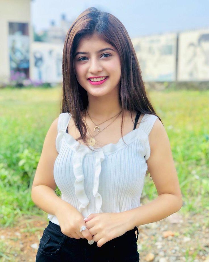 Arshifa Khan Hot Image